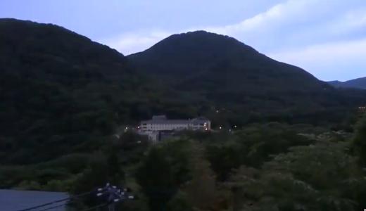早朝の箱根の山・鳥の鳴き声・木々の様子